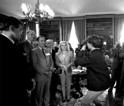 Prix Guizot du Conseil général du Calvados 1996 - Alain Lamassoure (député au Parlement européen), Ambroise Dupont (sénateur), Nicole Ameline (député du Calvados). Photo de François Louchet.