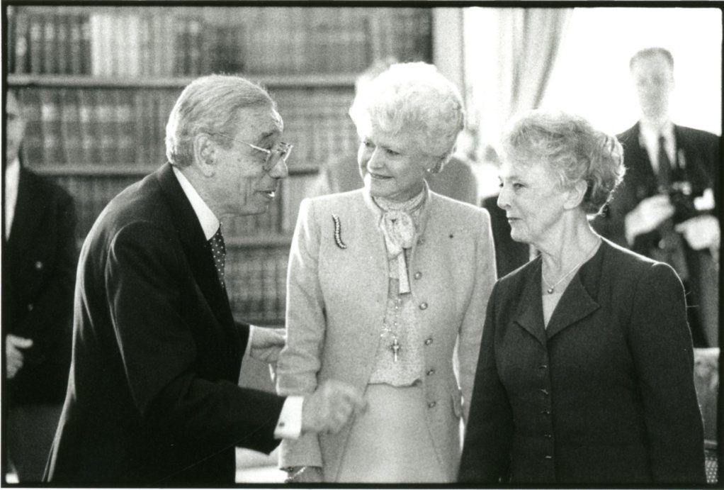 Boutros Boutros-Ghali, Anne d'Ornano, Mona Ozouf. Prix Guizot-Calvados 2002.