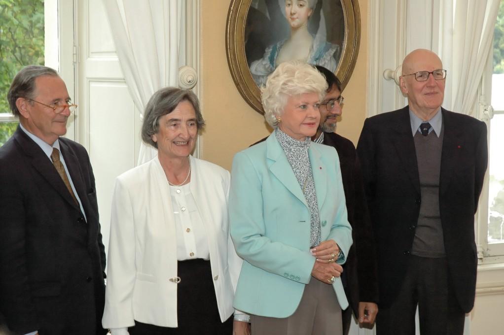 Ambroise Dupont, Arlette Jouanna, lauréate du Prix Guizot, Anne d'Ornano, Sudhir Hazareesingh et Bernard Guenée, prix Guizot du Conseil général du Calvados 2008.